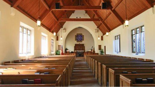 Eglise-vide1-678x381-1